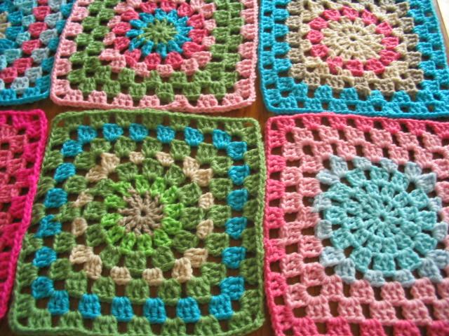 Manta de crochet de cuadrados grandes manta tejida a - Mantas de crochet a cuadros ...