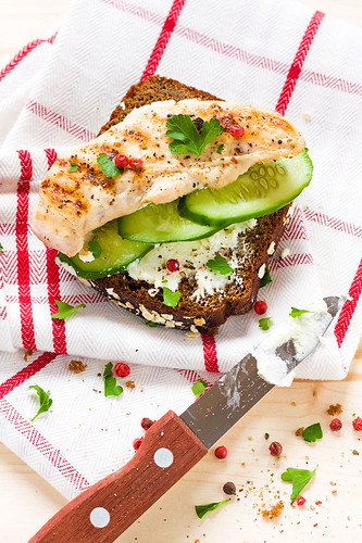 grilled chicken, cream cheese and cucumber sandwich | by a_krol