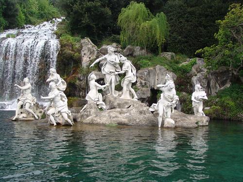 Reggia di caserta italy la fontana di diana e atteone ne flickr - Il bagno di diana klossowski ...