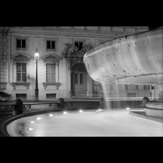 Fountain by night | by Giorgio Verdiani