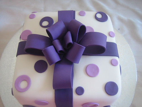 Purple Present Birthday Cake Purple Present Birthday