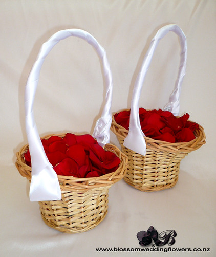 Wedding Baskets For Flower Petals : Flowergirl rose petal baskets flower girl