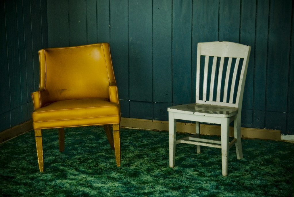Chairs For Motel Rooms