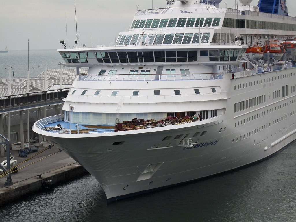 LOUIS MAJESTY Rogue Wave Kills Two On Cruise Ship In The M