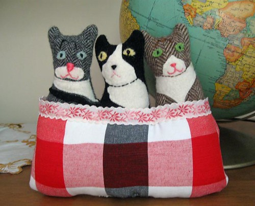 Three Cats in a Basket No. 2 | by leafpeople