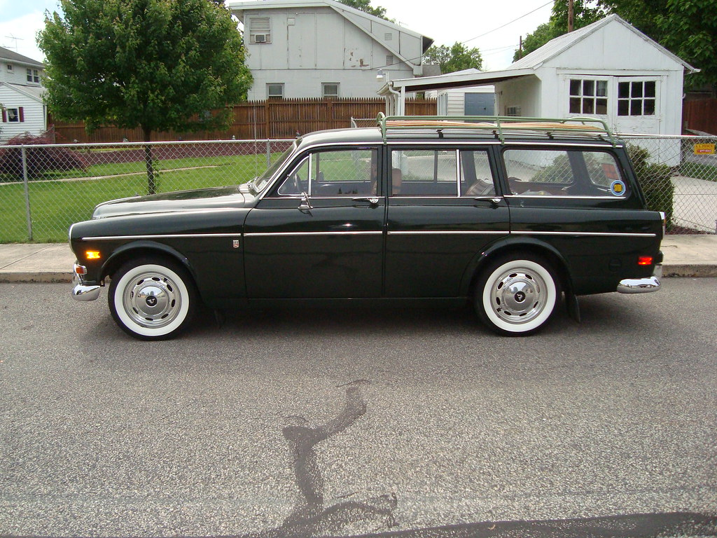 1968 Volvo 122 | This 1968 Volvo wagon was for sale near the… | Flickr