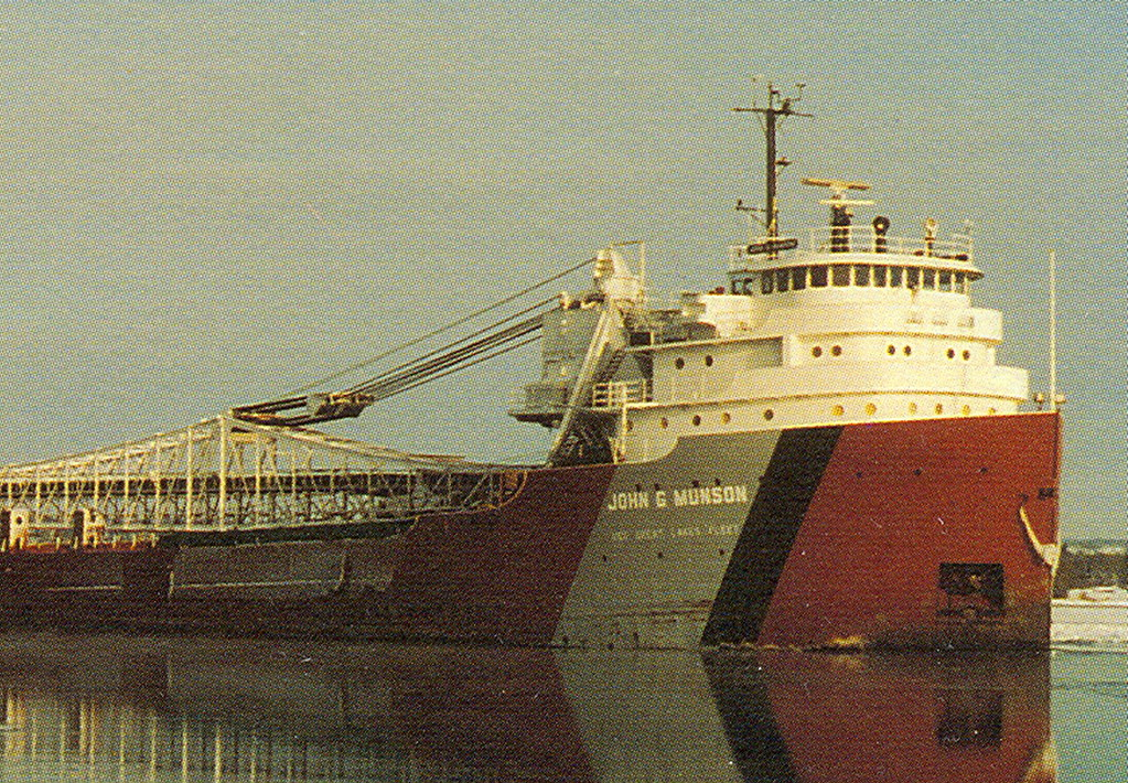 Great Lakes Iron Ore Freighter John G Munson a US Steel Co ...
