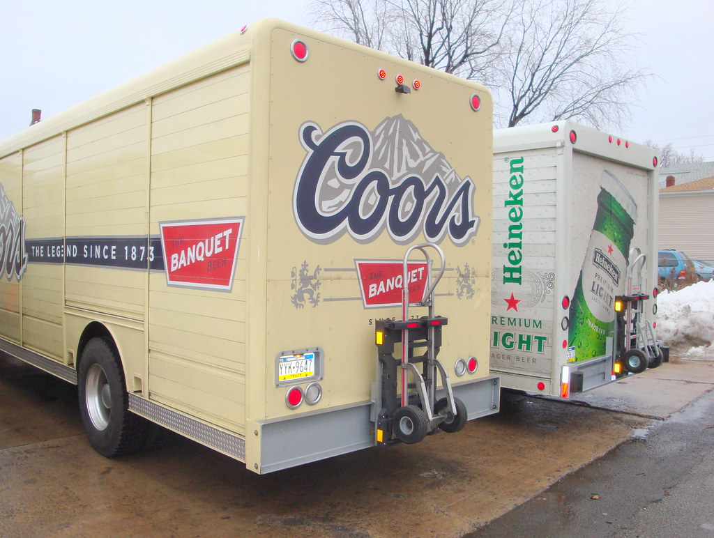 Coors And Heineken Beverage Trucks The Hts 30d Direct