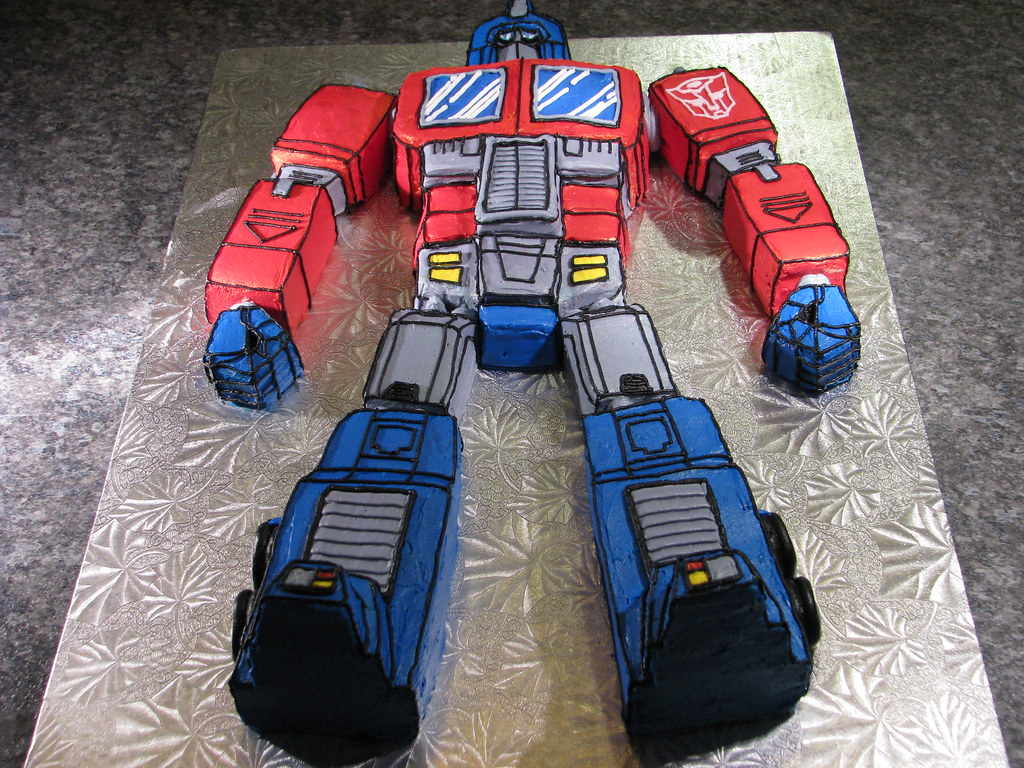 Optimus Prime Cake Pan