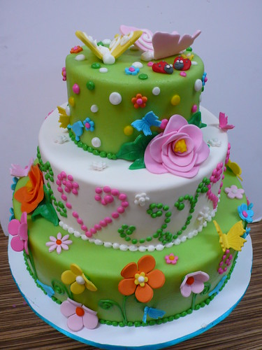 Kitsch Flowers Dots Butterflies Wedding cake | by CAKE Amsterdam - Cakes by ZOBOT