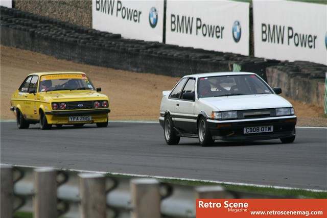 AE86 vs  RS2000 | Retro Rides | Flickr