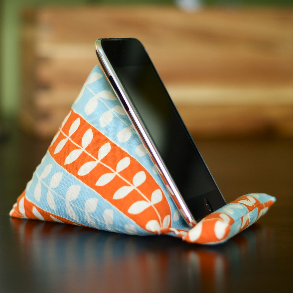 Ipod Pillow Podpillow Ipod Iphone Mobile Device Stand This Adorable Flickr