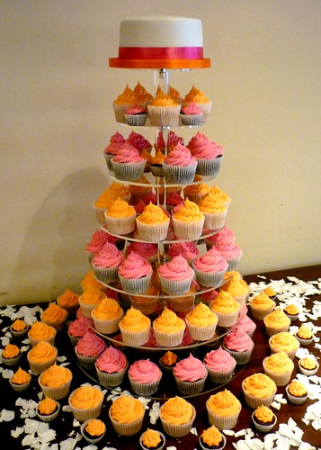 Pink and orange wedding cupcake tower | by Star Bakery (Liana)