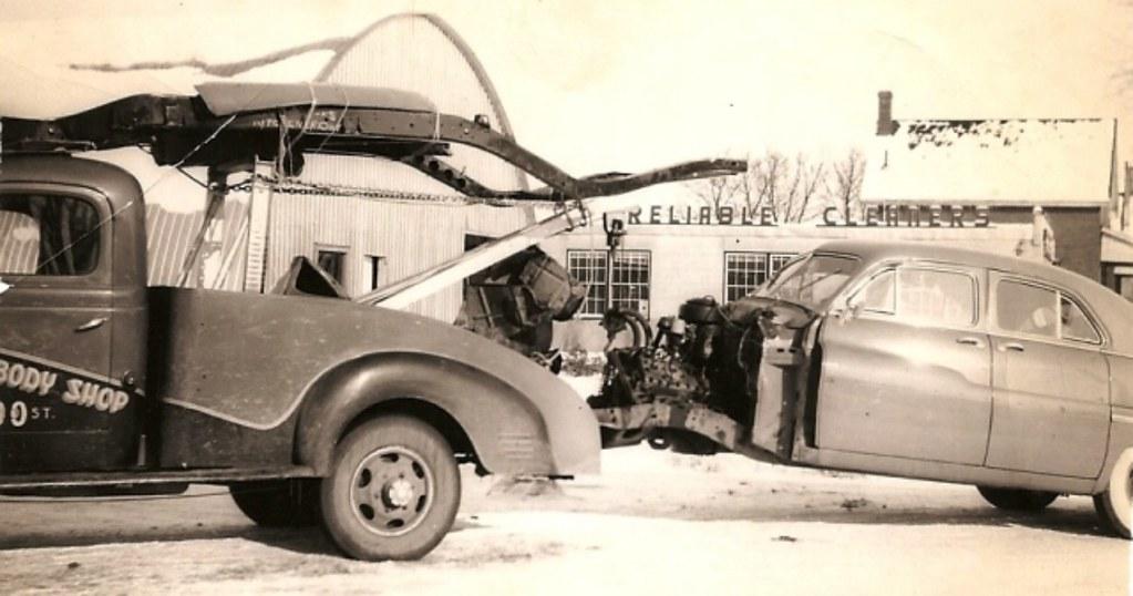 1949 Mercury Sedan With A 1947 Dodge Fargo Tow Truck Flickr