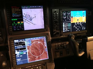 Check out the Honeywell Primus Apex Avionics on the PC-12NG N186NX #NBAA10 | by Jon Ostrower