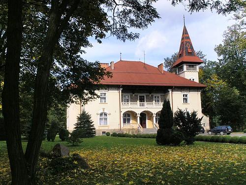 DWÓR W ŁĘGU TARNOWSKIM, fot. M. Klag (MIK, 2009)