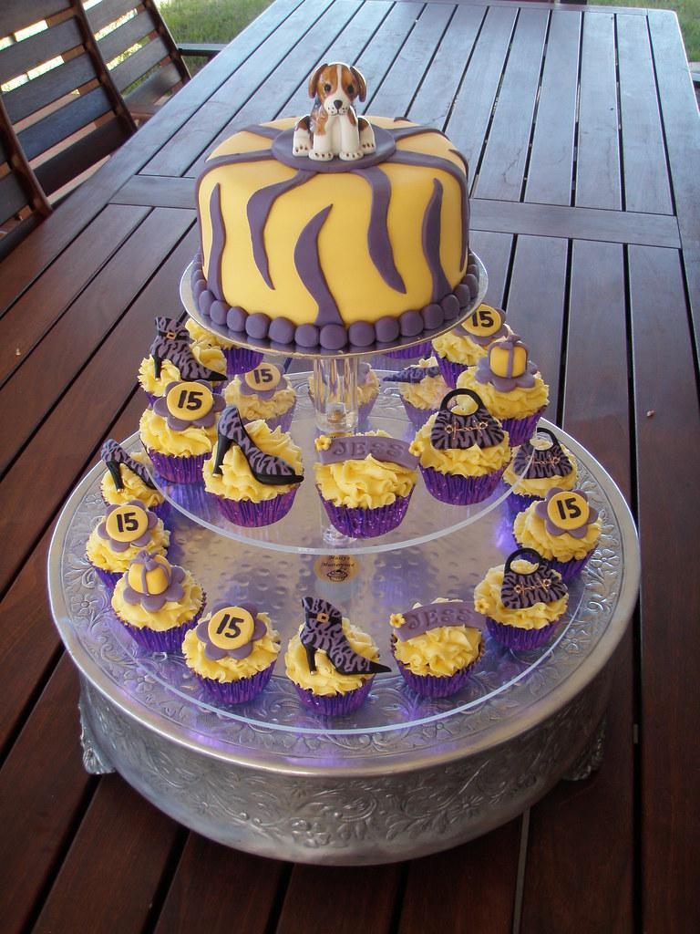 Fabulous Mossys Masterpiece Jesss 15Th Birthday Cake Cupcakes Flickr Funny Birthday Cards Online Amentibdeldamsfinfo
