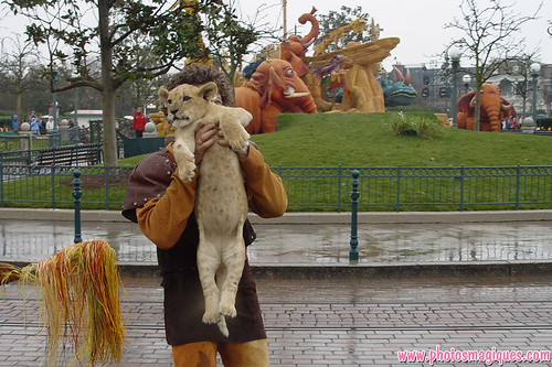 Flashback 4 March 2004: The Lion King Carnival | by Photos Magiques