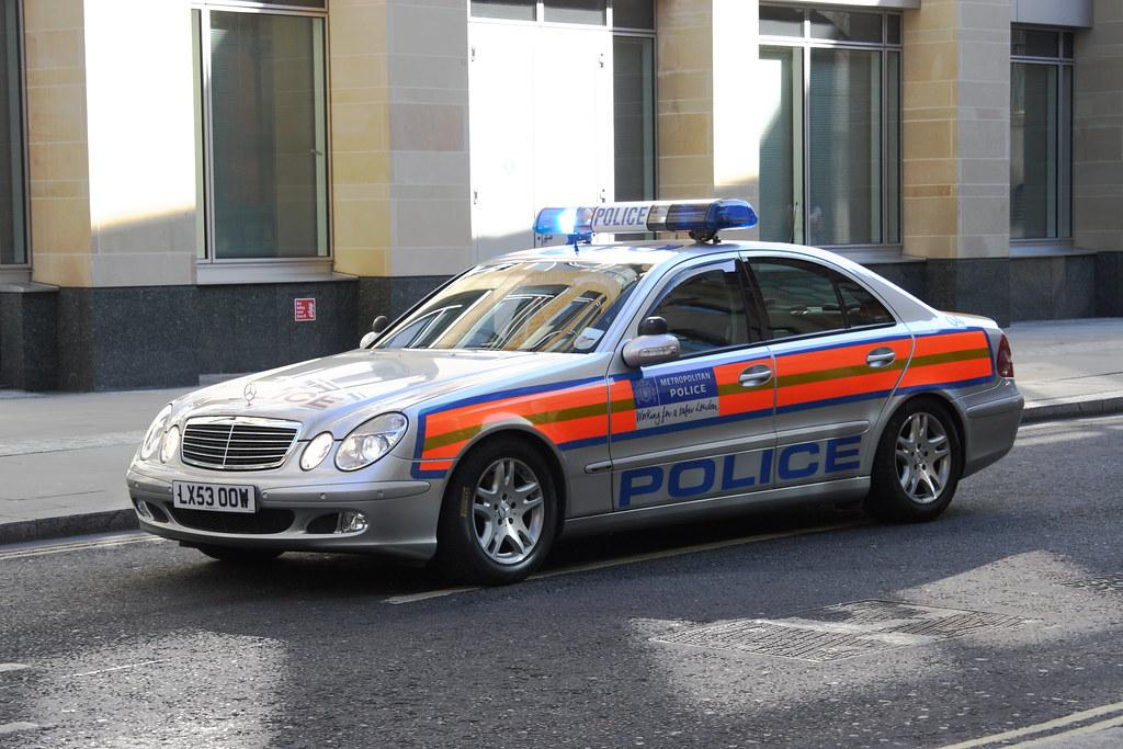 mercedes e270 cdi classic auto of the metropolitan police flickr. Black Bedroom Furniture Sets. Home Design Ideas