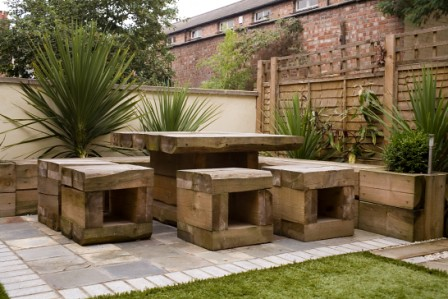 The 39 low maintenance garden 39 garden by earth designs www for Low maintenance outdoor furniture