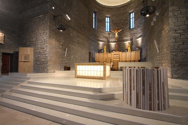 arredi liturgici presbiterio 3 flickr photo sharing