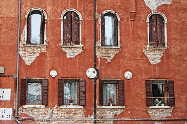 Red. Venice