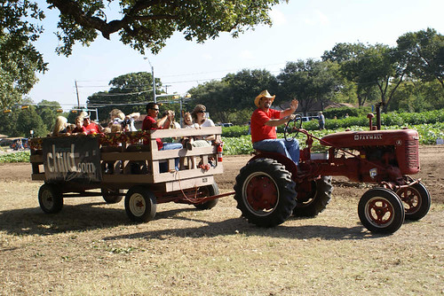 Nash Farm Hay Ride 2 | by GrapevineTxOnline.com