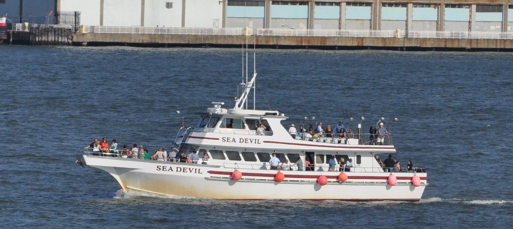 Sea devil an 85 ft fishing party boat from point for Party boat fishing