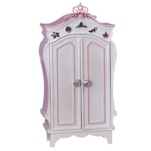 disney princess me princess wardrobe 1 posted to disne flickr. Black Bedroom Furniture Sets. Home Design Ideas