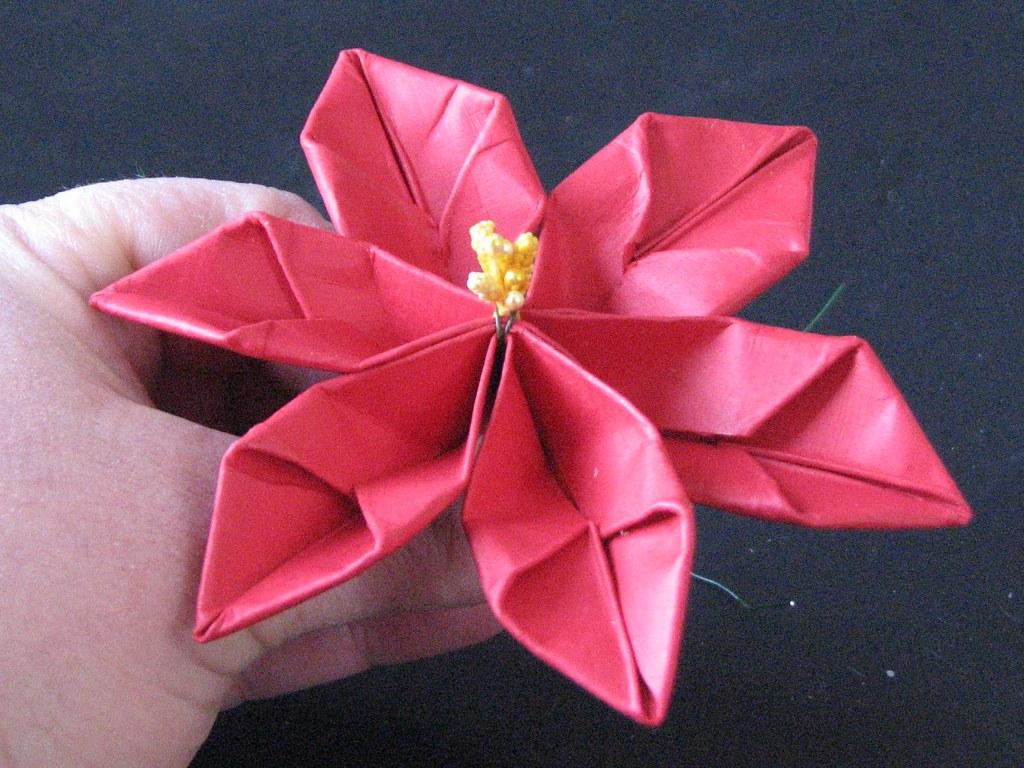 13 Origami Poinsettia 014 Ronijj Flickr