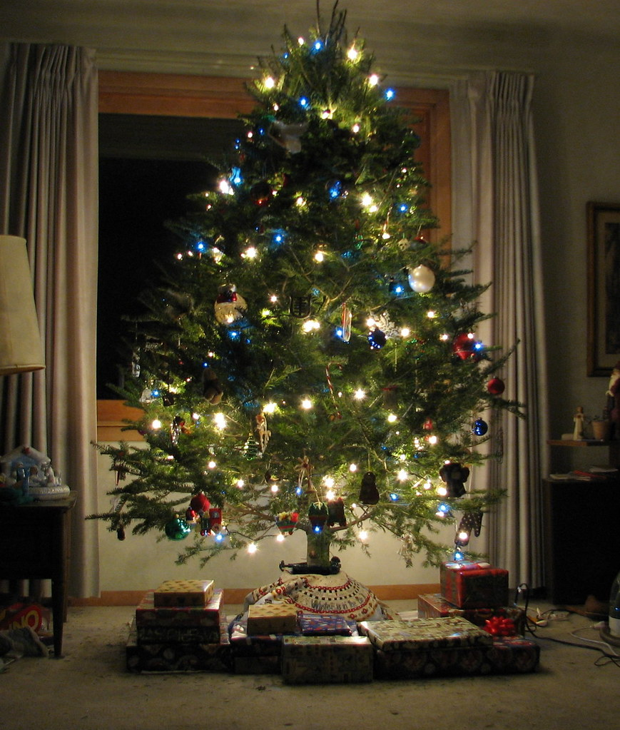 2009 christmas tree here 39 s the official picture Christmas tree decorating ideas philippines