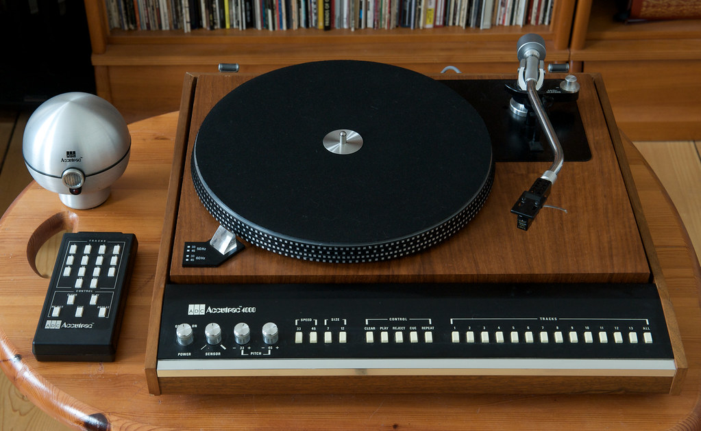 Adc Accutrac 4000 Turntable The Adc Accutrac 4000