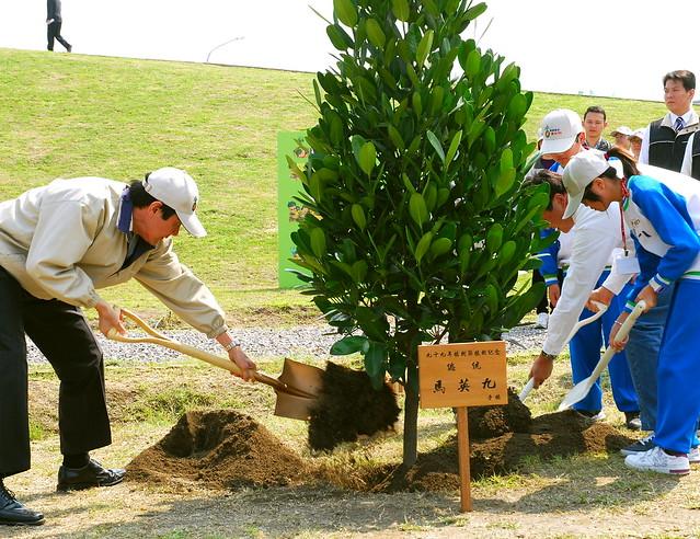 原民團體要求廢除植樹節,取而代之永續利用及利益分享的森林日。圖片來源:林務局。