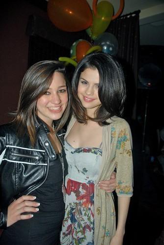 Selena Gomez Selena Gomez And Kristen Rodeheaver At