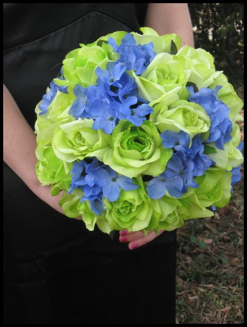 lime green rose blue hydrangea fragrant bouquet lime