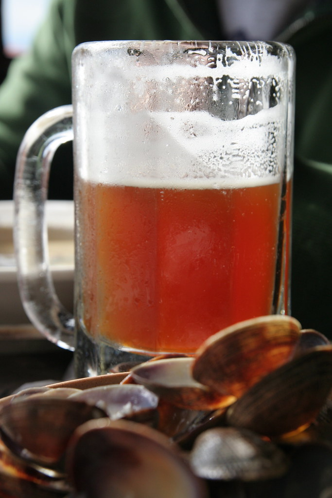 Steamers and Beer | Kyle Strickland | Flickr