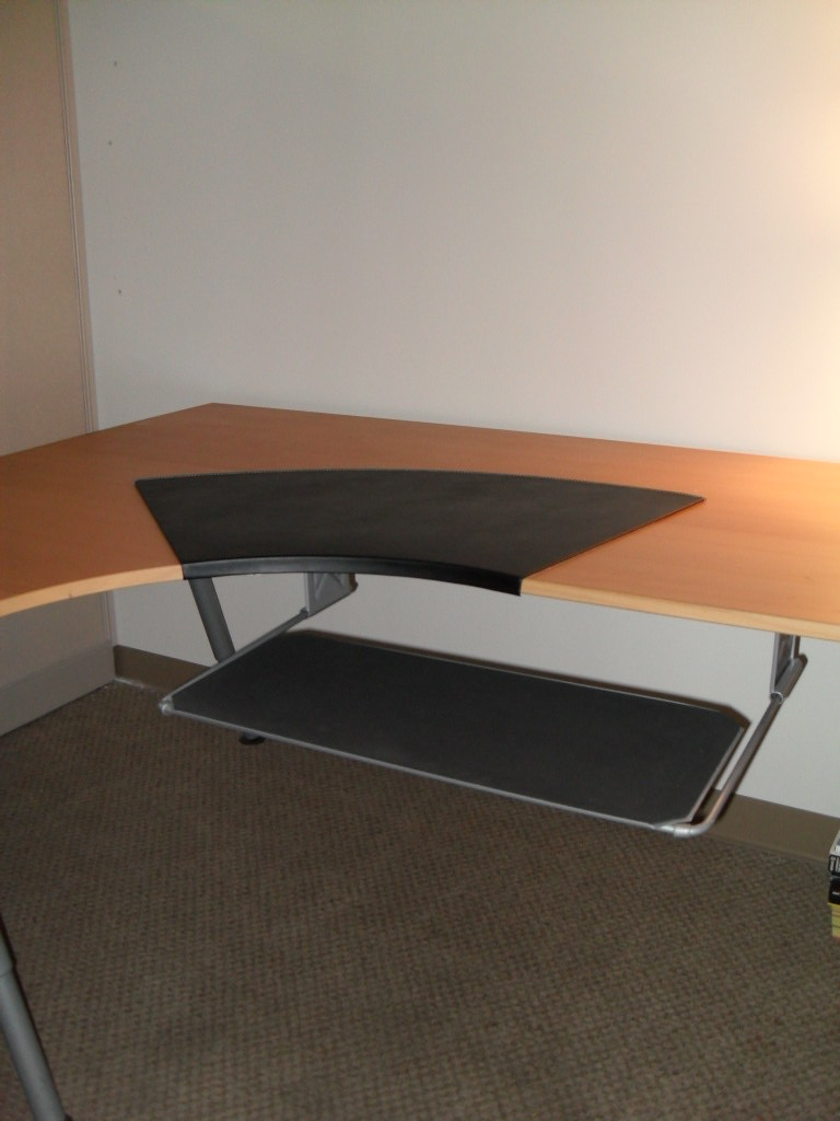 ikea galant desk w knos desk pad summera pull out keybo flickr. Black Bedroom Furniture Sets. Home Design Ideas
