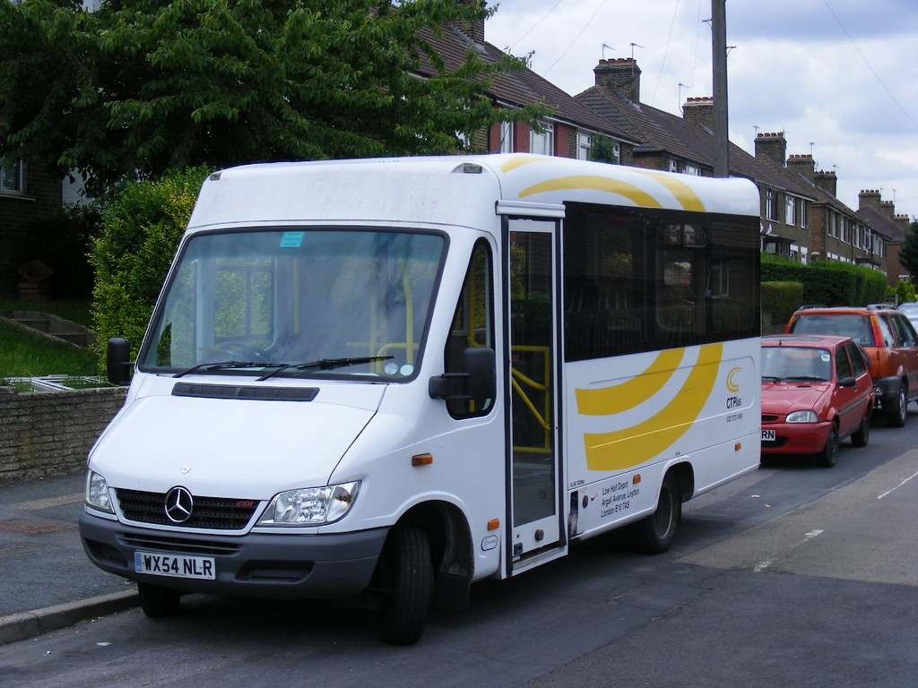 Ct plus mercedes minibus the large swirling c more for Mercedes benz new london ct
