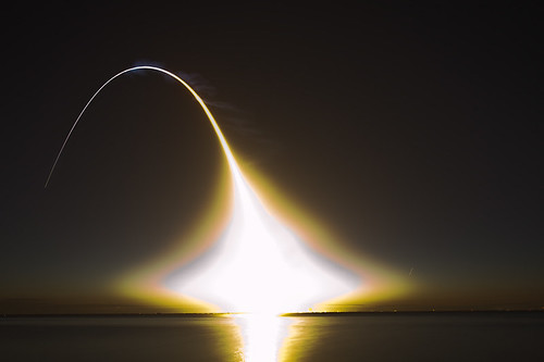 Space Shuttle Discovery Launch STS131 Long Exposure | by dgmiami
