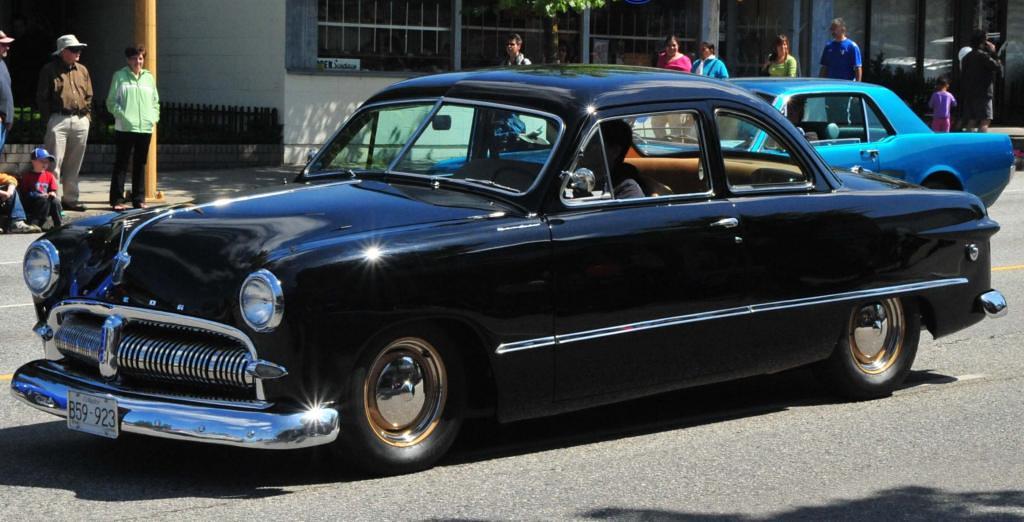 1949 meteor tudor sedan meteor custom a june 25 1948 Lincoln motor company canada