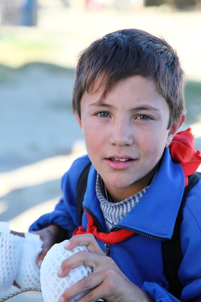 blue eyes tajik boy tashkurgan ������� tashkurgan