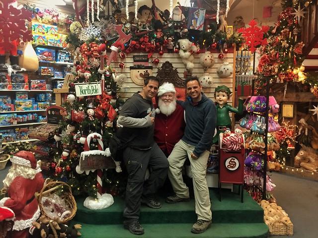 Sele y Chavetas con Papá Noel en North Pole (Alaska)