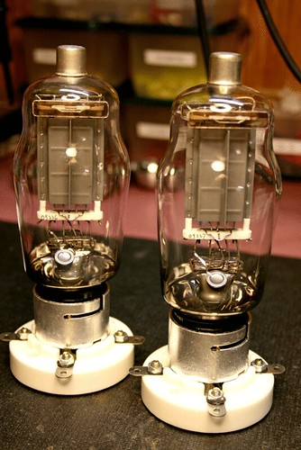 Regulated Power Supply Wiring Diagram For besides 4x4 Wiring Diagrams 2001 Ford F 250 moreover Nikola Tesla Coil Video besides 2015 03 01 archive also Build A Mini Tesla Coil. on vacuum tube tesla coil