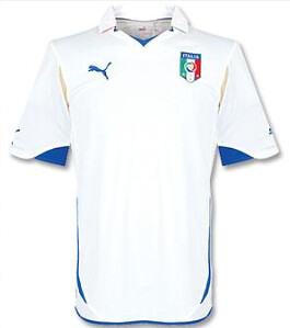 ... Nuova maglia bianca- seconda maglia Puma Italia 2010 8e9d44f873b5b