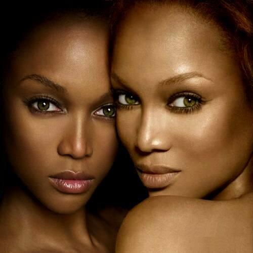 Tyra Banks Black And White: Tyra Banks And Tyra Banks