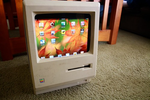 Macintosh Plus iPad stand | by mapgoblin