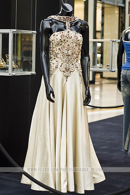 Simply Madonna Exhibition - Evita dress | Evita (film ...