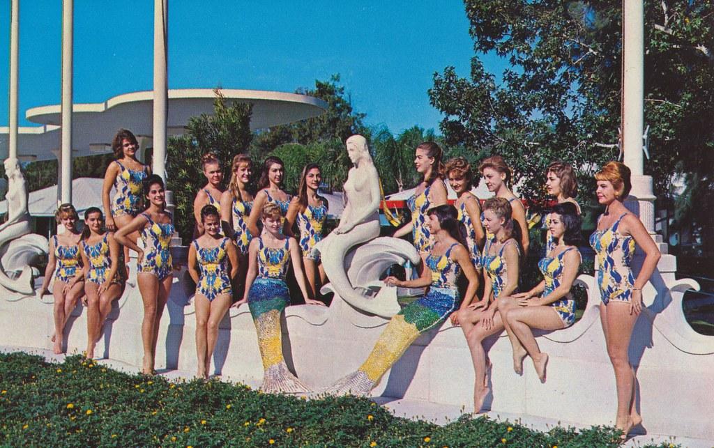 The Weeki Wachee Mermaids Pose For Photographers