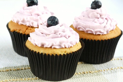 Blueberry Cupcakes With Cake Mix