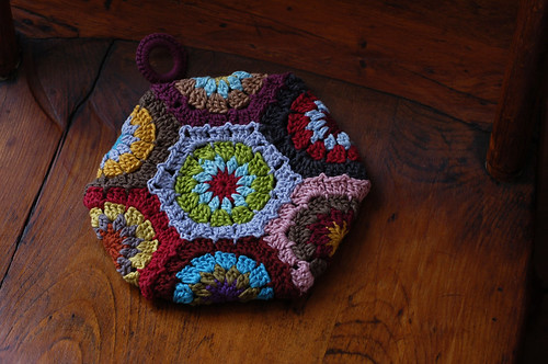 Double-Thick Hexagon Potholder Back | by helloyarn